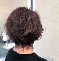 柔らかく自然体のくびれヘア
